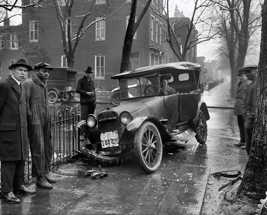Accidente en un día de invierno de Washington, 1921. Shorpy