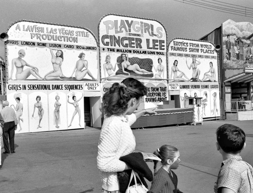 Playgirls, barraca en la feria de Vancouver. Shorpy