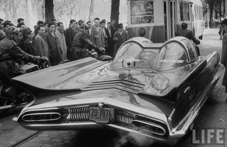 Automovil experimental Lincoln Futura. 1959