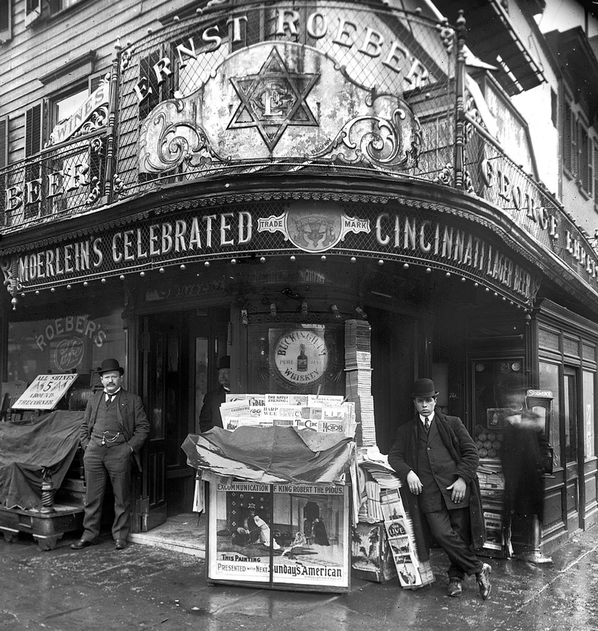 Cafe salón Ernst Roeber, Manhattan. 1908. Shorpy