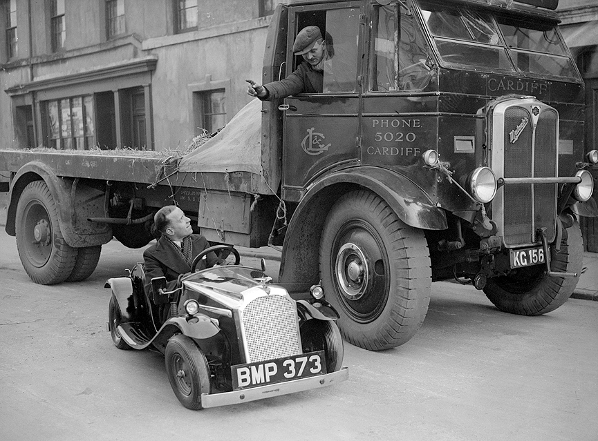 Midget car en Cardiff. Inglaterra, 1935. Getty Images
